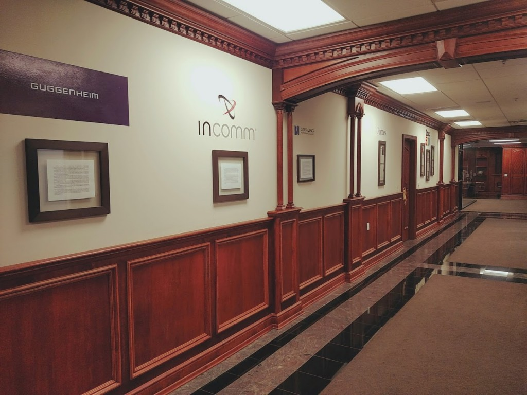 CardCash Hallway